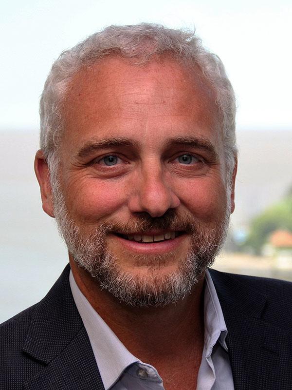 LEADERSHIP. Fernando D'Amico